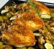 Coxa e sobrecoxa de frango assadas com batatas no forno